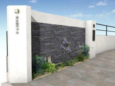 高さ1.8mある門柱。 控壁が必要な構造です。 サイン設置部分の壁は、控壁にデザインをプラスしてシャープなイメージに!